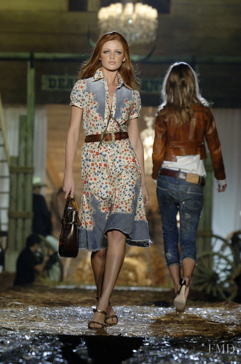 Cintia Dicker featured in  the DSquared2 fashion show for Spring/Summer 2006