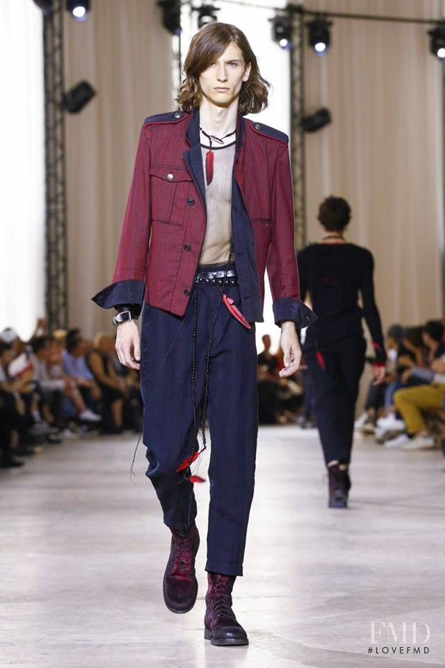 Ann Demeulemeester fashion show for Spring/Summer 2017