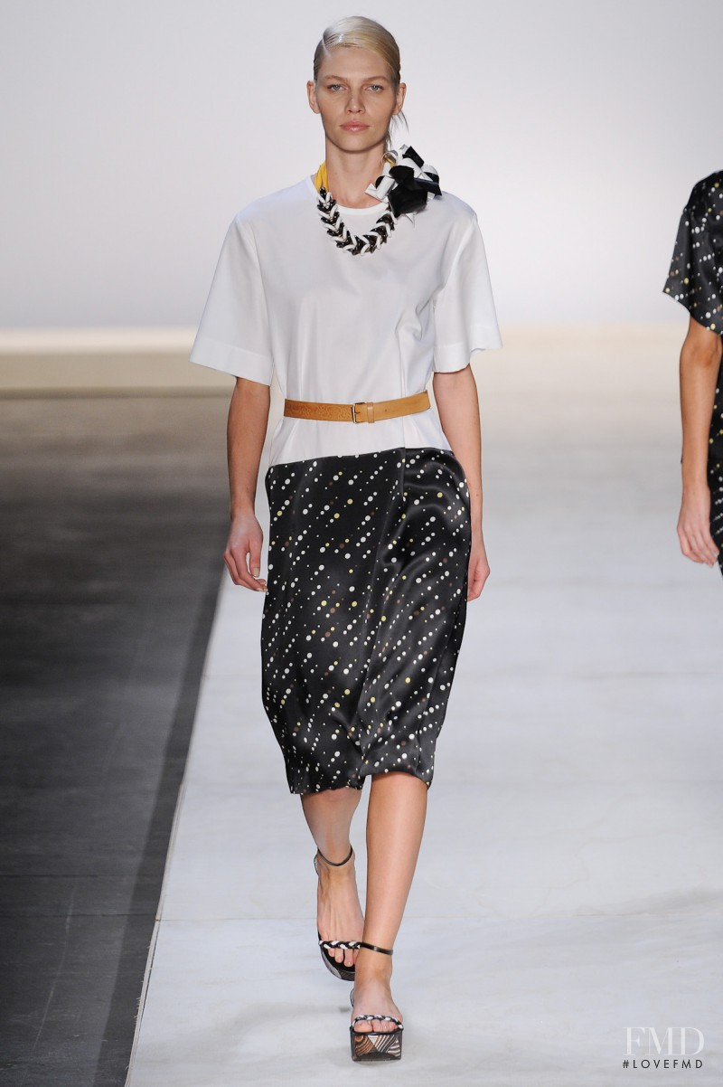 Andrea Marques fashion show for Spring/Summer 2012
