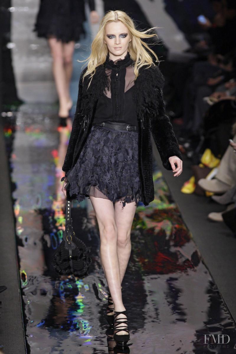 Daria Strokous featured in  the Diane Von F�rstenberg fashion show for Autumn/Winter 2010
