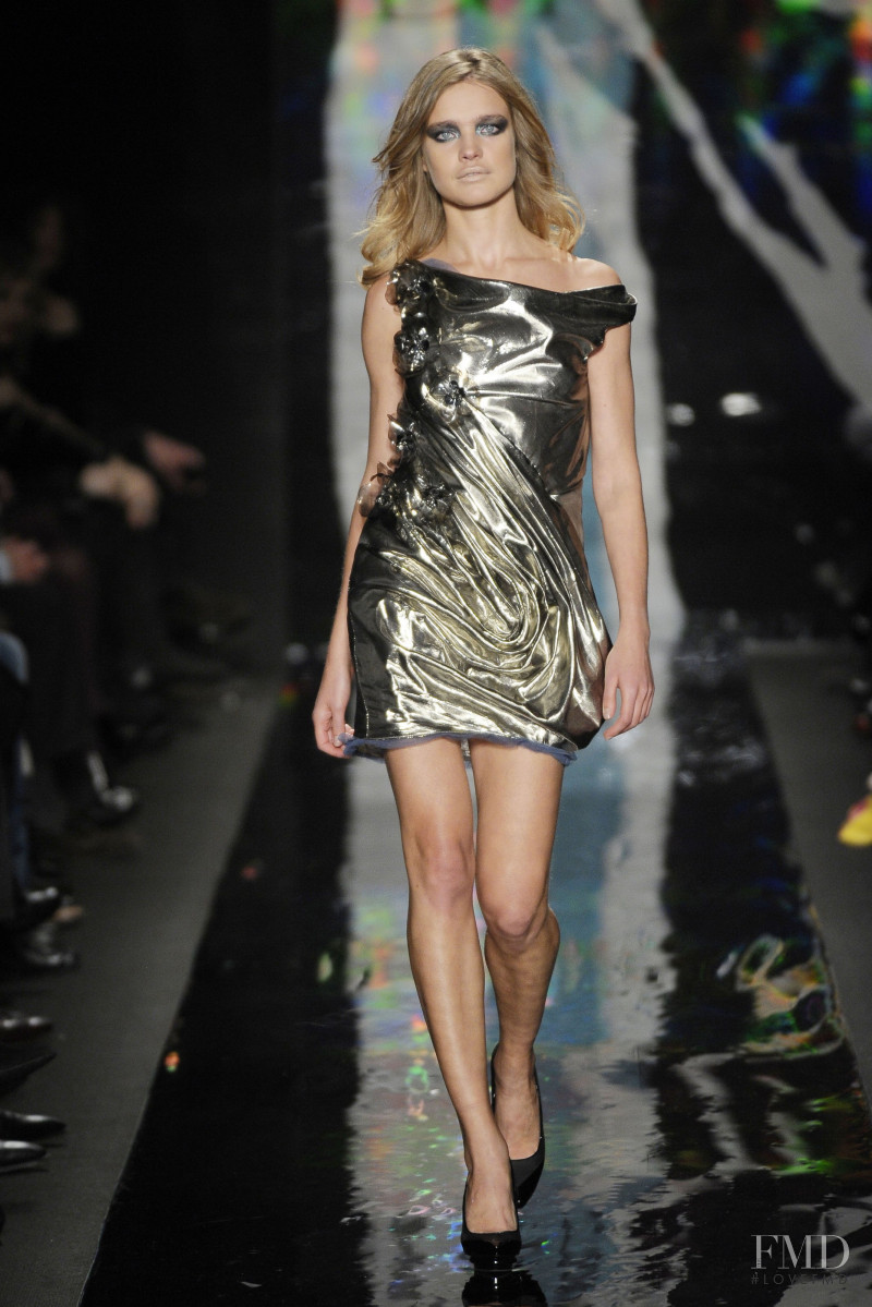 Natalia Vodianova featured in  the Diane Von F�rstenberg fashion show for Autumn/Winter 2010