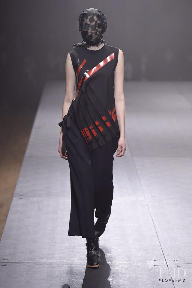 Mara Jankovic featured in  the Mint Designs fashion show for Autumn/Winter 2015