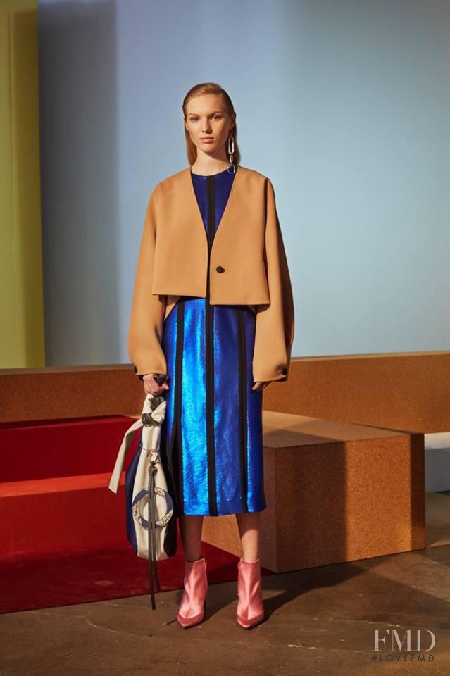 Jessica Picton Warlow featured in  the Diane Von F�rstenberg fashion show for Autumn/Winter 2017