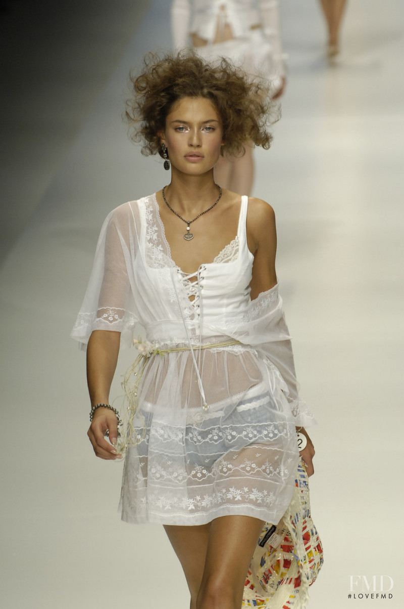 Bianca Balti featured in  the D&G fashion show for Spring/Summer 2006