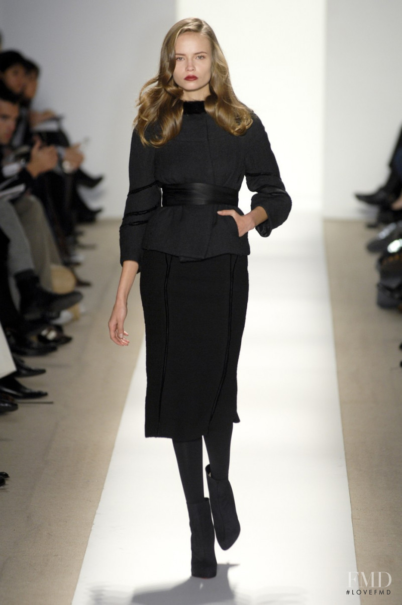 Natasha Poly featured in  the J Mendel fashion show for Autumn/Winter 2007