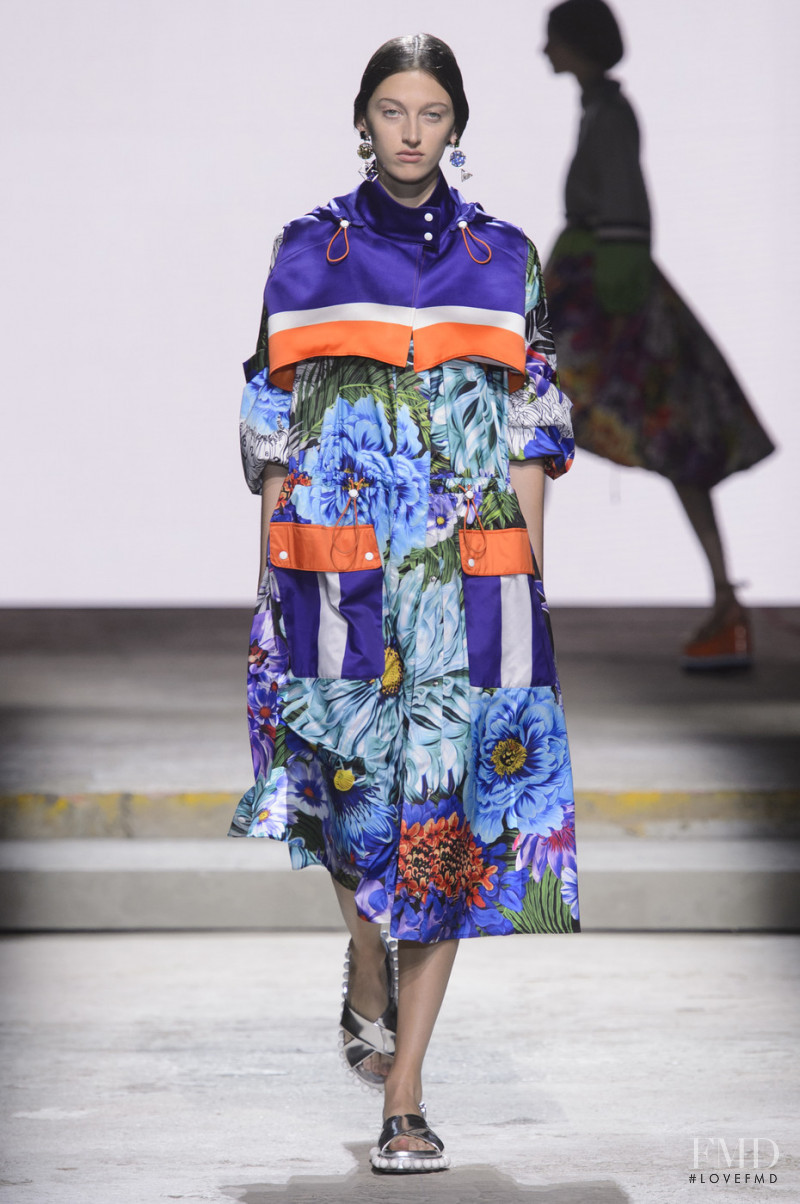 Amber Witcomb featured in  the Mary Katrantzou fashion show for Spring/Summer 2018