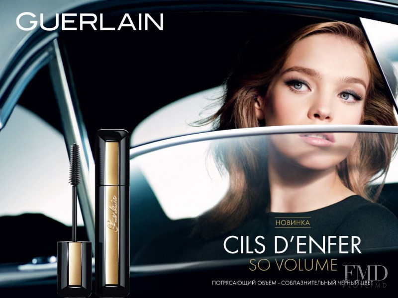 Natalia Vodianova featured in  the Guerlain Cils D\'Enfer So Volume  advertisement for Spring/Summer 2015