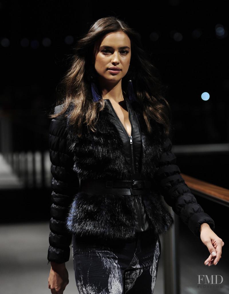 Irina Shayk featured in  the Desigual fashion show for Autumn/Winter 2014