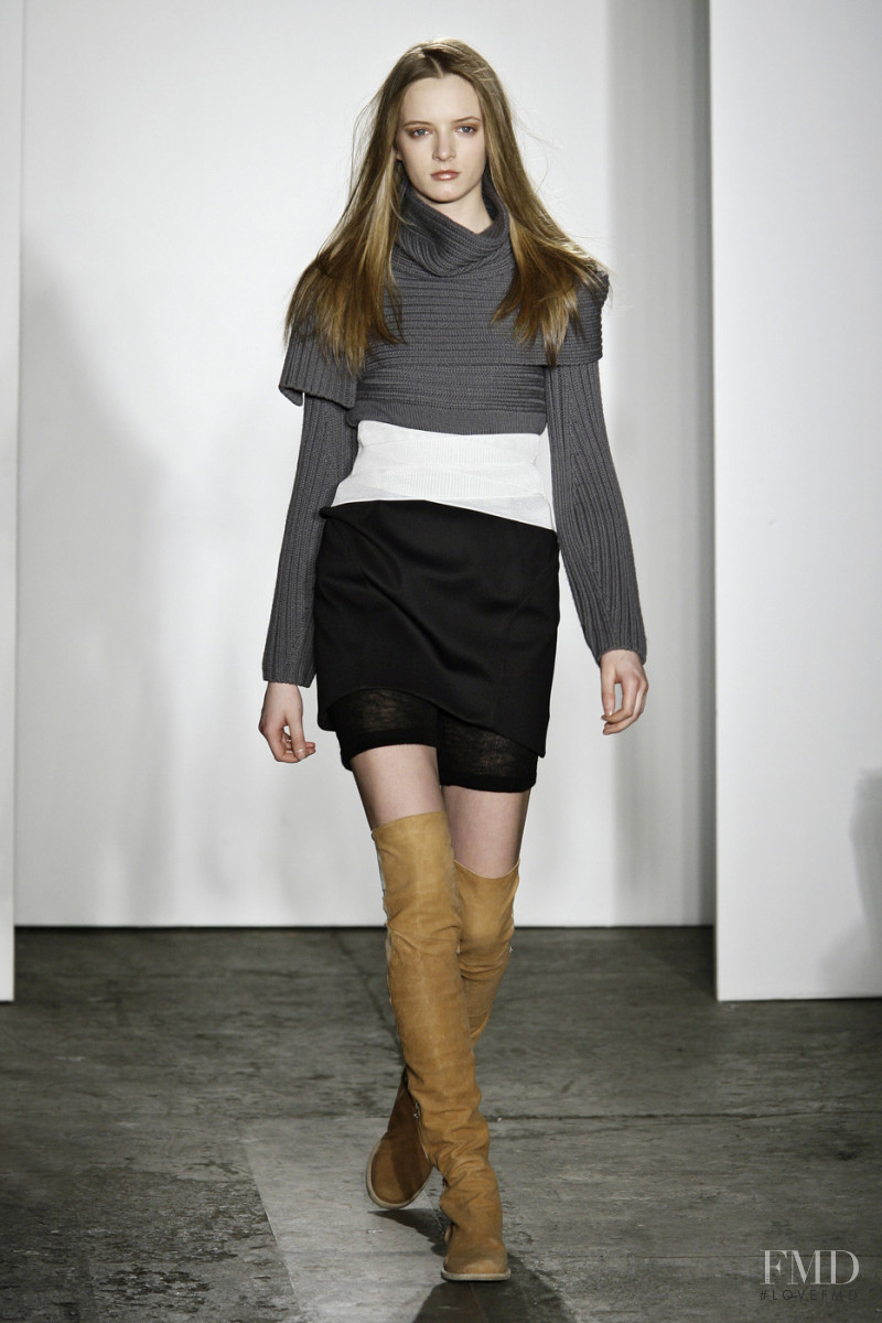 Daria Strokous featured in  the VPL fashion show for Autumn/Winter 2009