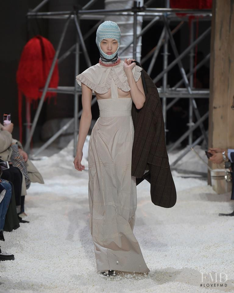 Calvin Klein 205W39NYC fashion show for Autumn/Winter 2018