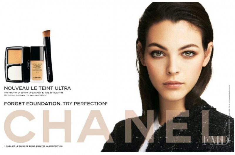 Vittoria Ceretti featured in the Chanel Beauty Le Teint Ultra advertisement for Spring/Summer 2018