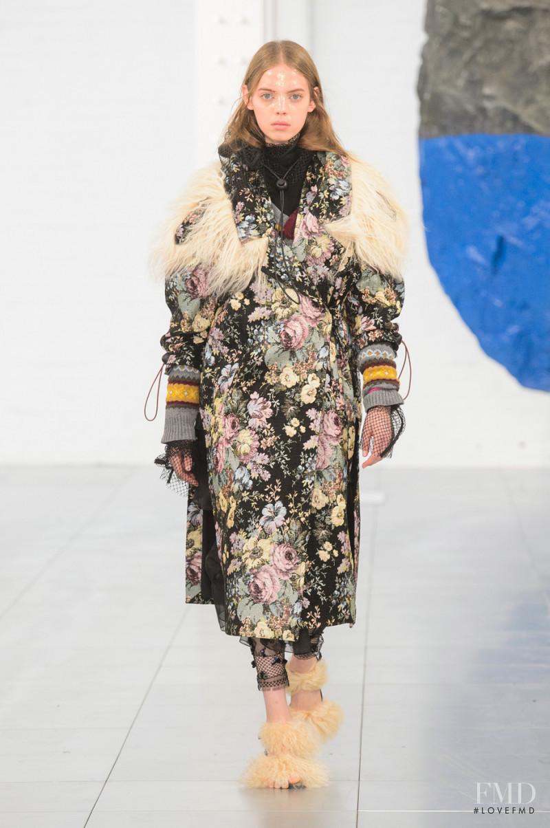 Mariana Zaragoza featured in  the Preen by Thornton Bregazzi fashion show for Autumn/Winter 2018