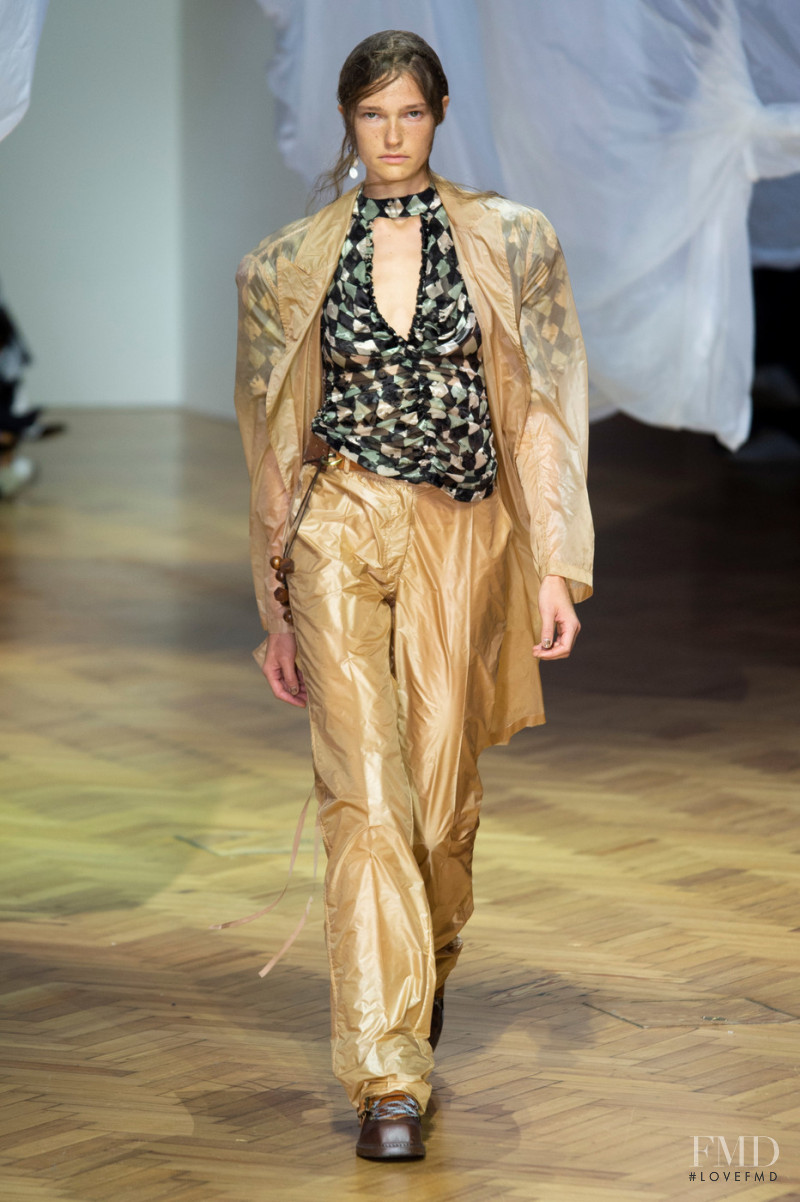 Laura Schoenmakers featured in  the Preen by Thornton Bregazzi fashion show for Spring/Summer 2019