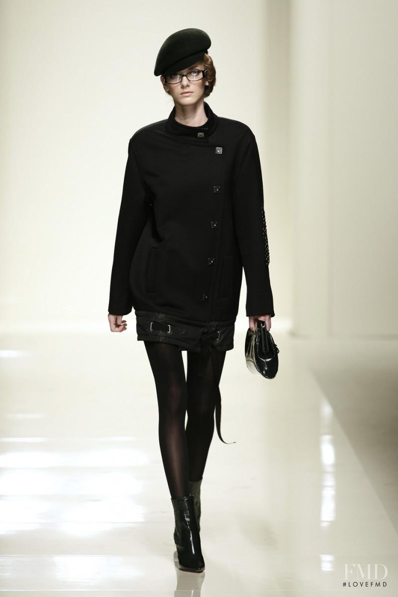 Denisa Dvorakova featured in  the Pollini fashion show for Autumn/Winter 2007