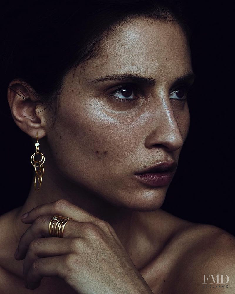 Alice Contreiras featured in  the Ippolita advertisement for Spring/Summer 2019