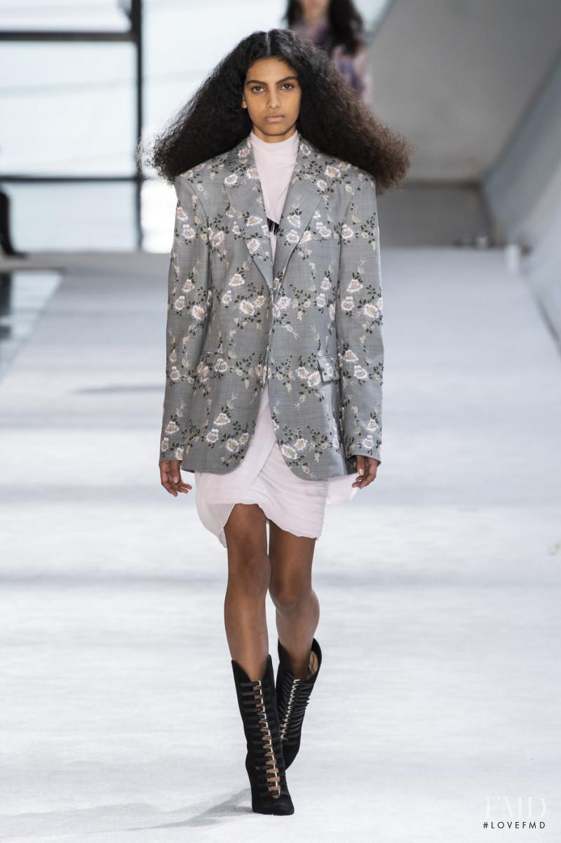 Mariana Barcelos featured in  the Giambattista Valli fashion show for Autumn/Winter 2019