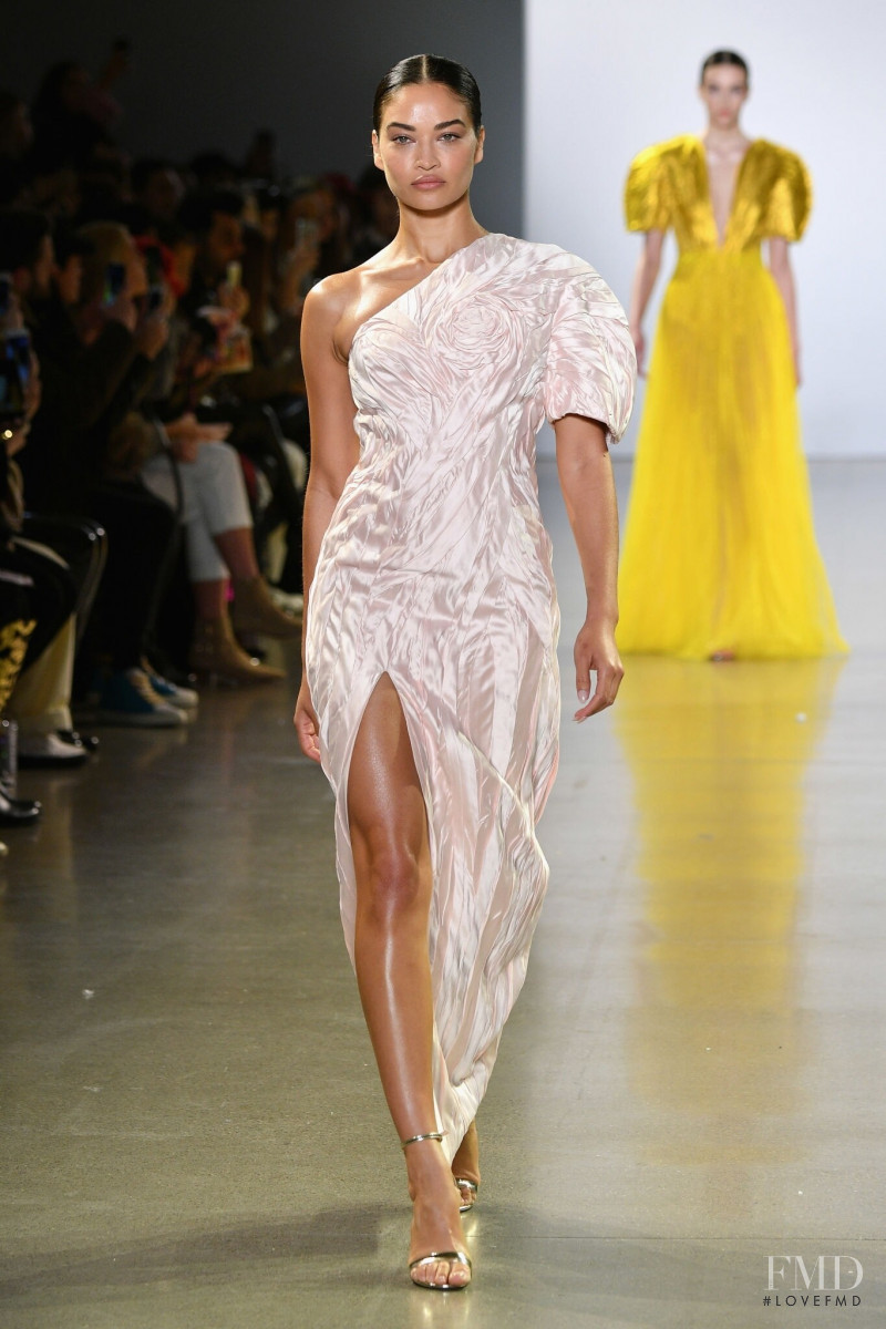 Shanina Shaik featured in  the Cong Tri fashion show for Autumn/Winter 2019