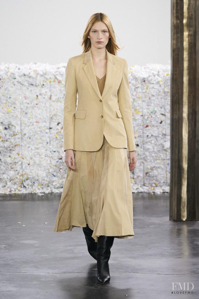 Liz Kennedy featured in  the Gabriela Hearst fashion show for Autumn/Winter 2020