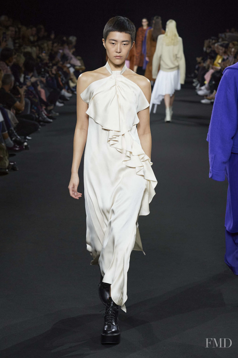 So Hyun Jung featured in  the Rochas fashion show for Autumn/Winter 2020