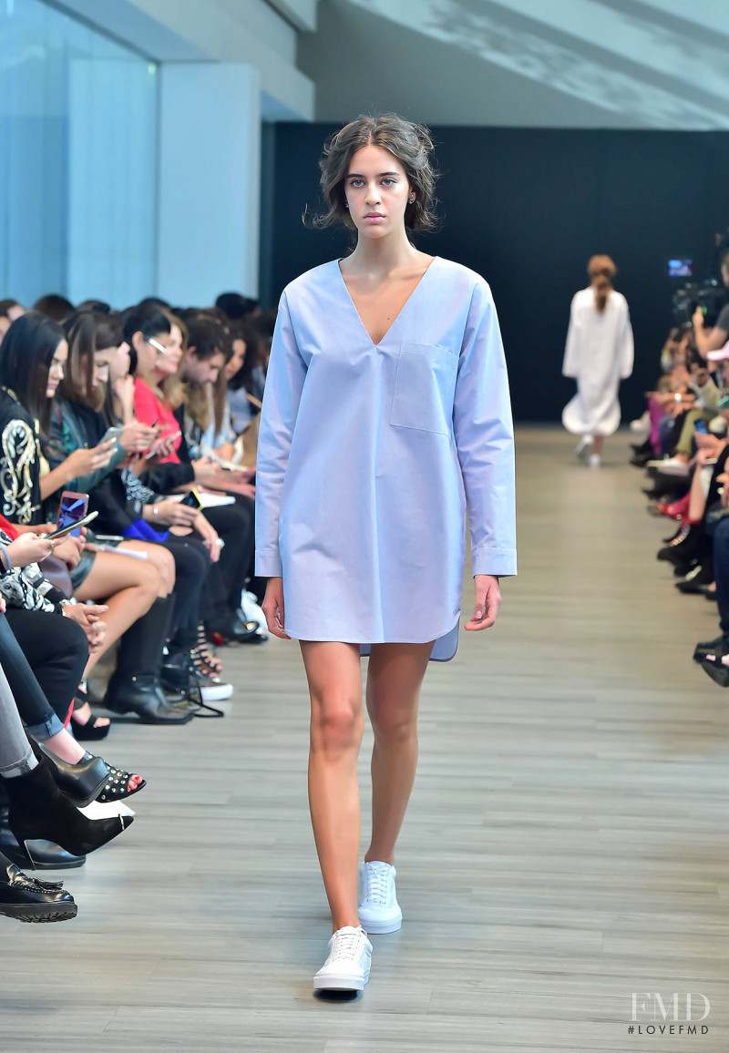 Valentina Lobeira featured in  the Shinae Park fashion show for Spring/Summer 2018