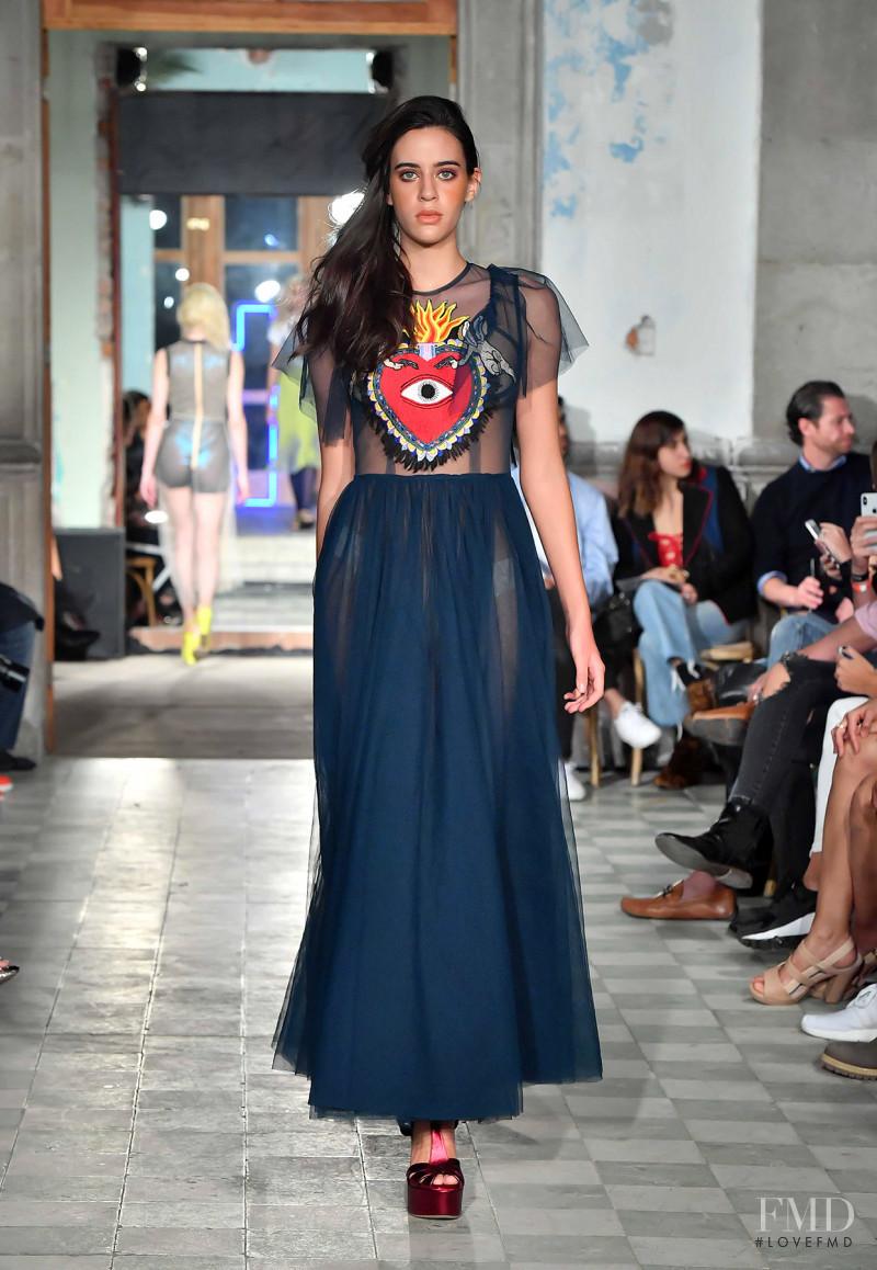 Karla Laviada featured in  the Alexia Ulibarri fashion show for Spring/Summer 2018