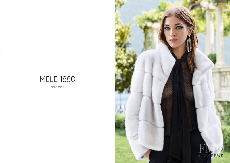 Samantha Gradoville featured in  the Nafa advertisement for Autumn/Winter 2018
