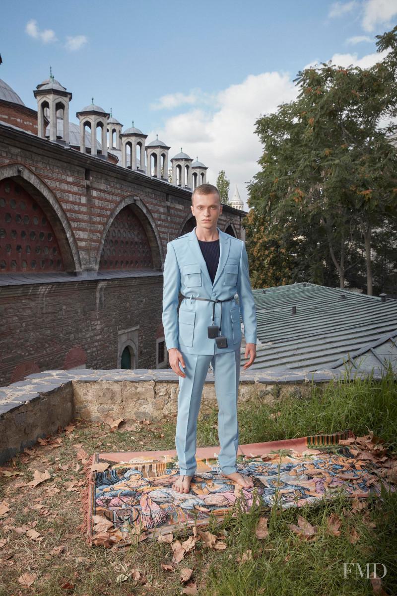 Emre Erdemoglu fashion show for Spring/Summer 2021