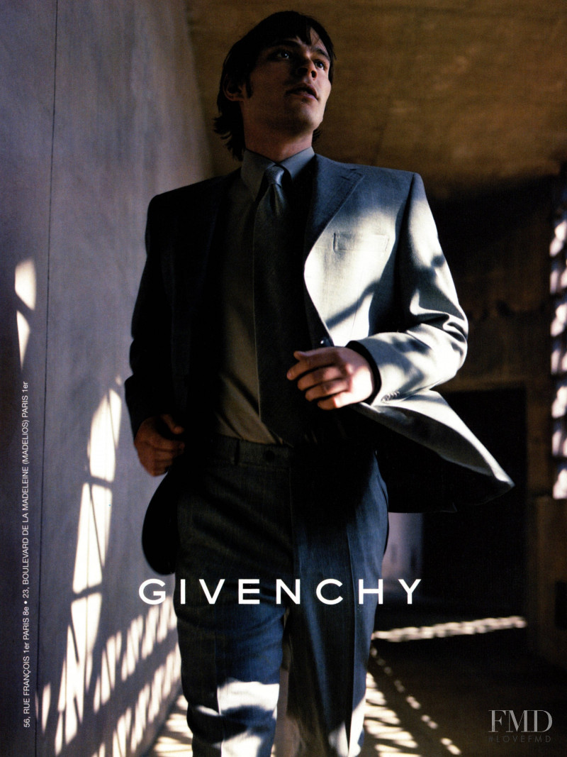 Givenchy advertisement for Autumn/Winter 1999