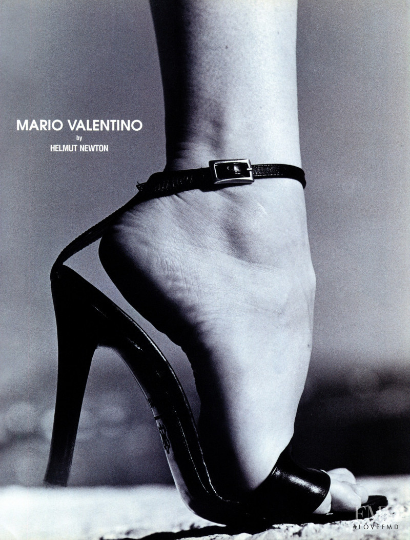 Mario Valentino advertisement for Spring/Summer 1999