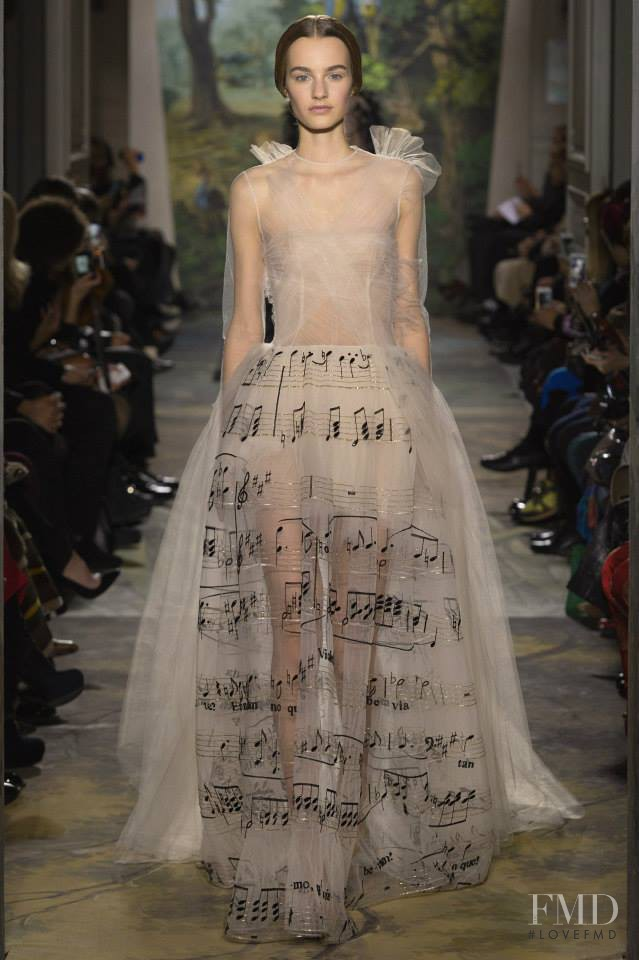 Maartje Verhoef featured in  the Valentino Couture fashion show for Spring/Summer 2014