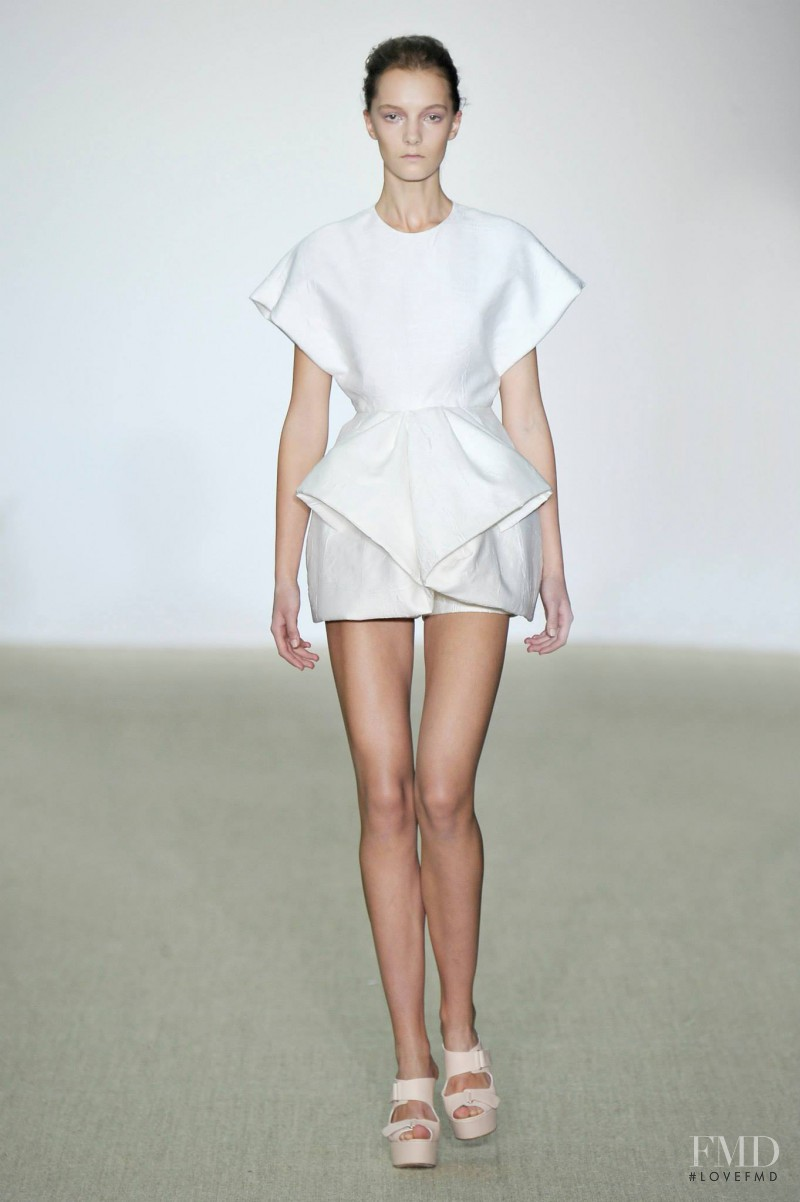 Irina Liss featured in  the Giambattista Valli fashion show for Spring/Summer 2014