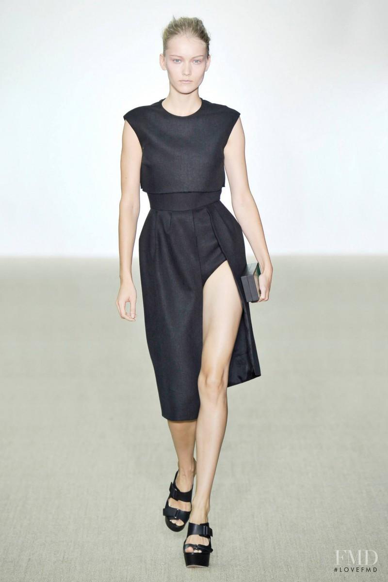 Katerina Ryabinkina featured in  the Giambattista Valli fashion show for Spring/Summer 2014