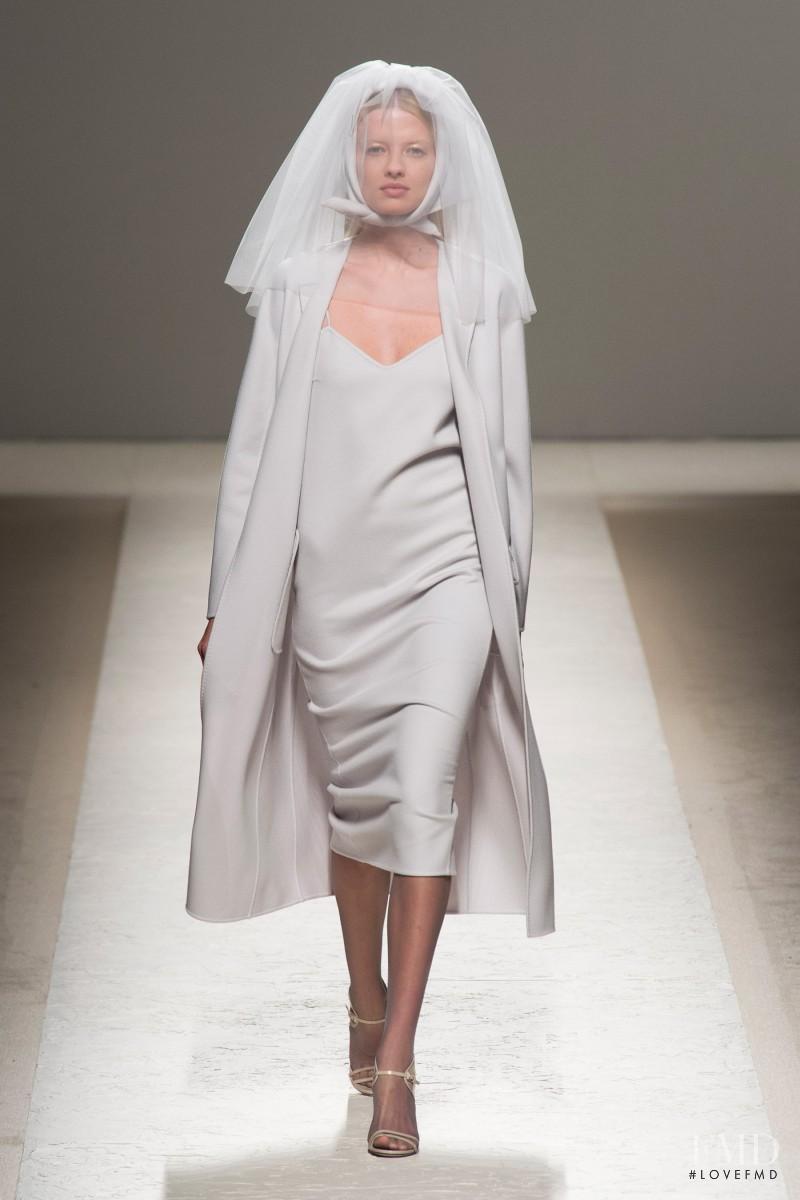 Natalia Siodmiak featured in  the Max Mara fashion show for Spring/Summer 2014
