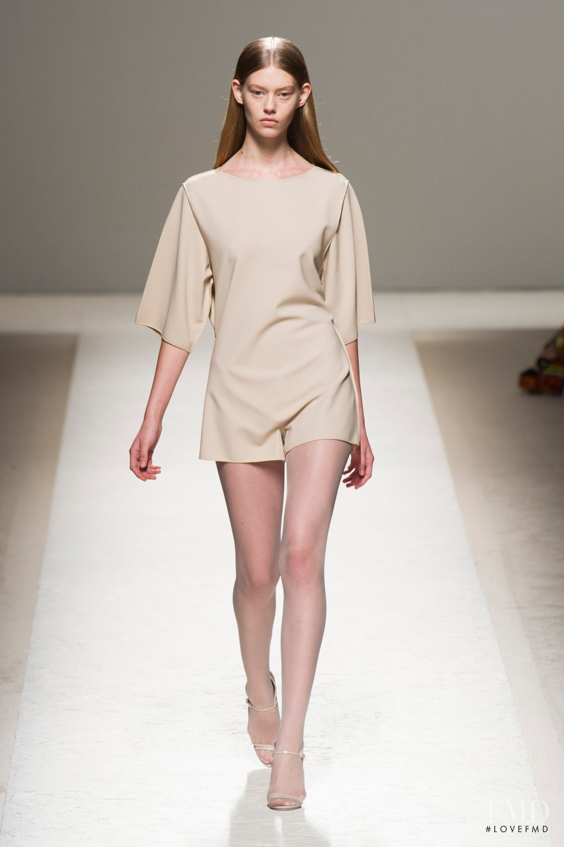 Ondria Hardin featured in  the Max Mara fashion show for Spring/Summer 2014