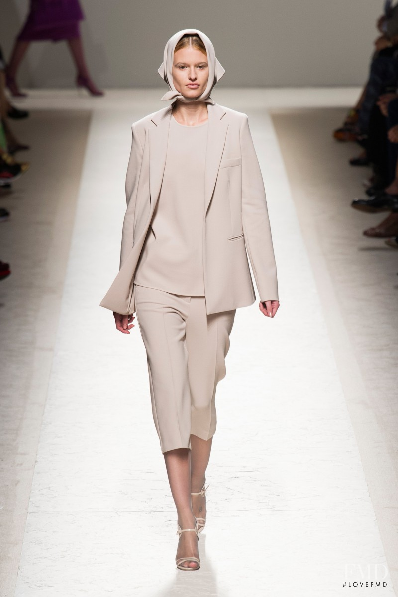 Bara Holotova featured in  the Max Mara fashion show for Spring/Summer 2014