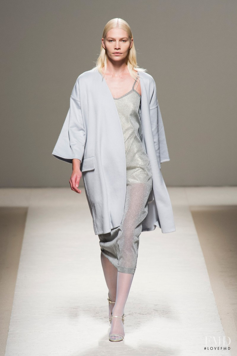 Aline Weber featured in  the Max Mara fashion show for Spring/Summer 2014