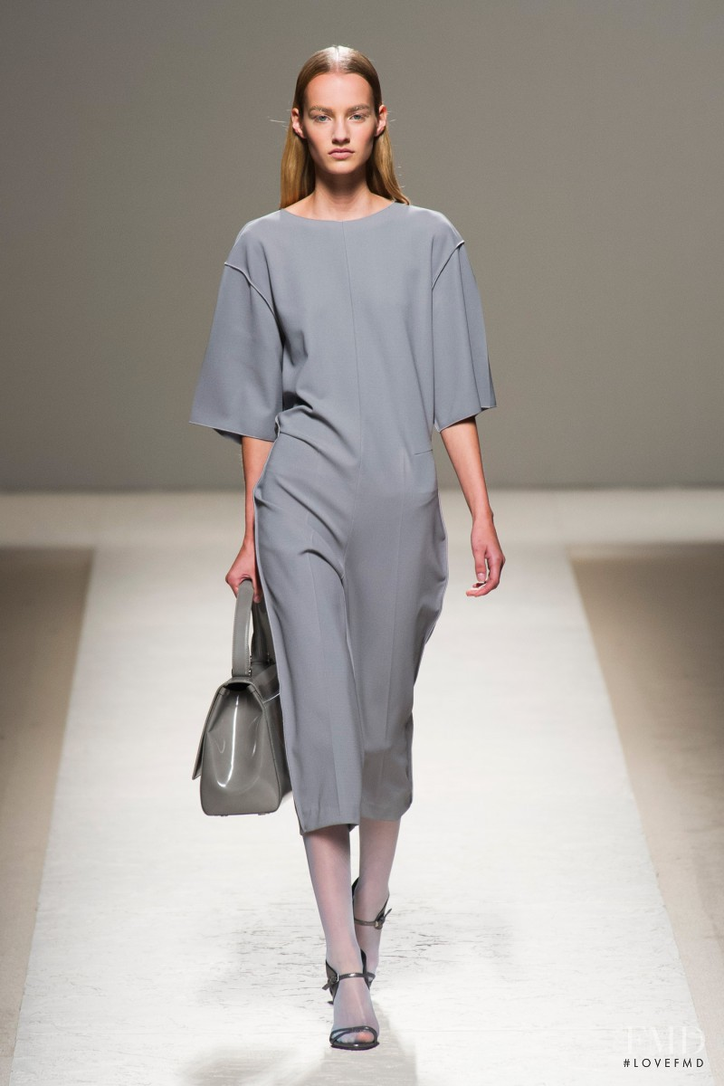 Maartje Verhoef featured in  the Max Mara fashion show for Spring/Summer 2014