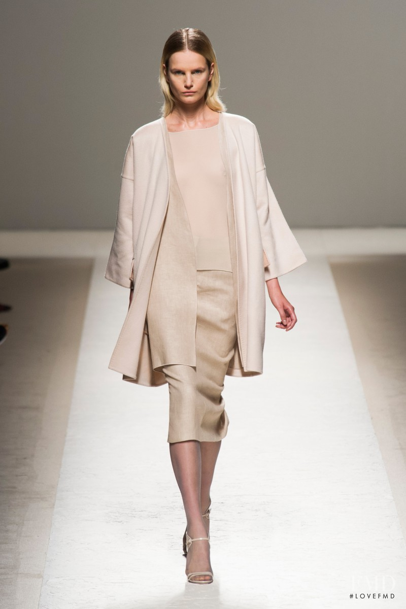 Anmari Botha featured in  the Max Mara fashion show for Spring/Summer 2014
