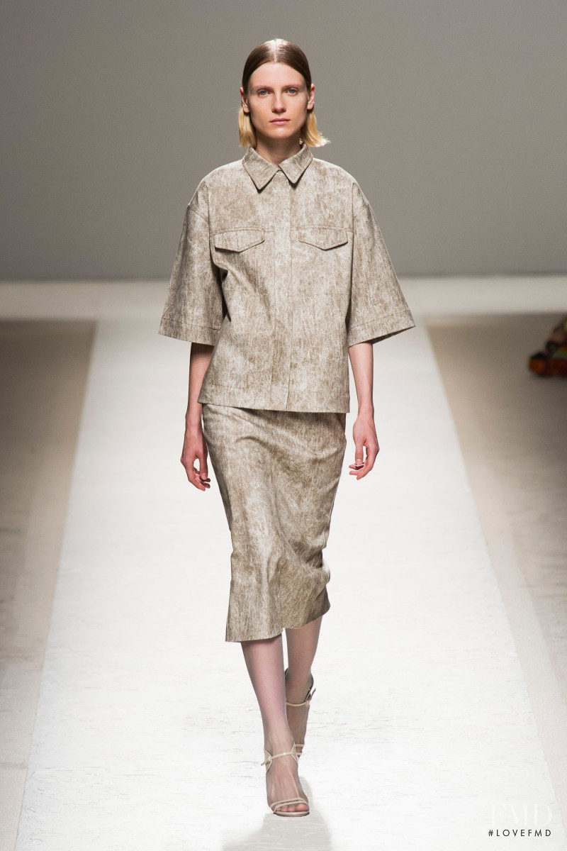 Maria Loks featured in  the Max Mara fashion show for Spring/Summer 2014