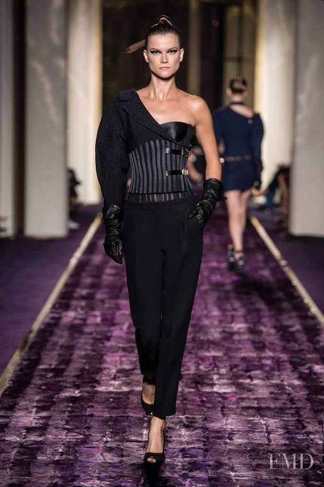 Kasia Struss featured in  the Atelier Versace fashion show for Autumn/Winter 2014