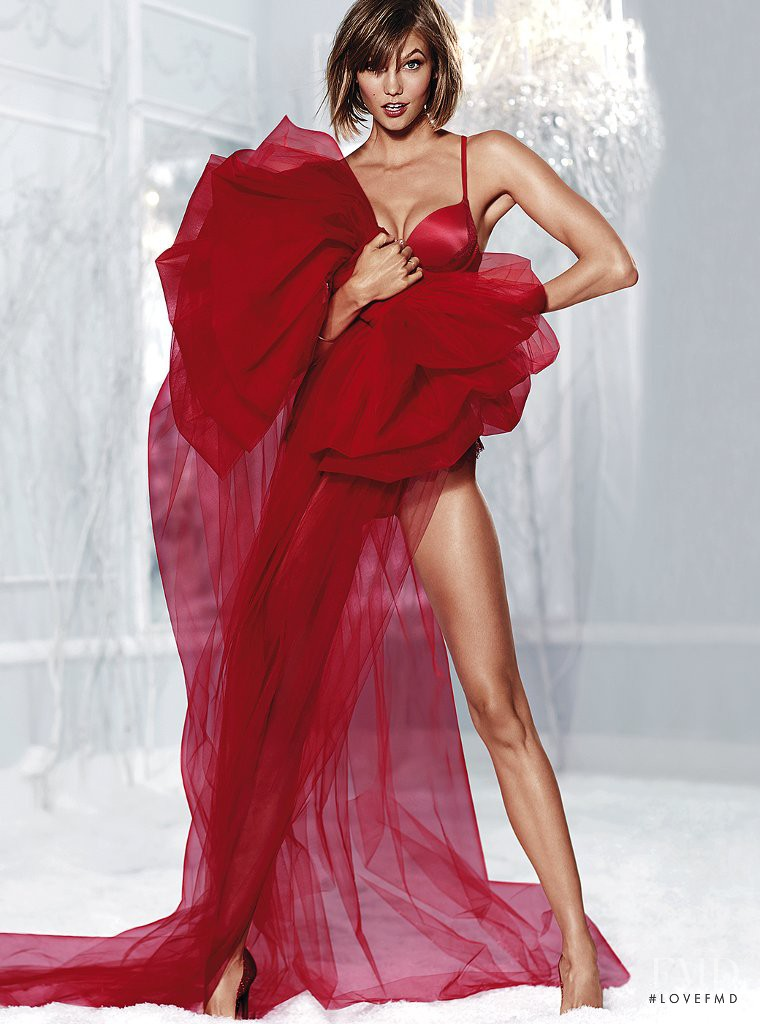 Karlie Kloss featured in  the Victoria\'s Secret catalogue for Holiday 2013