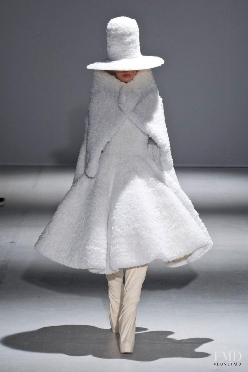 Esther Heesch featured in  the Gareth Pugh fashion show for Autumn/Winter 2014