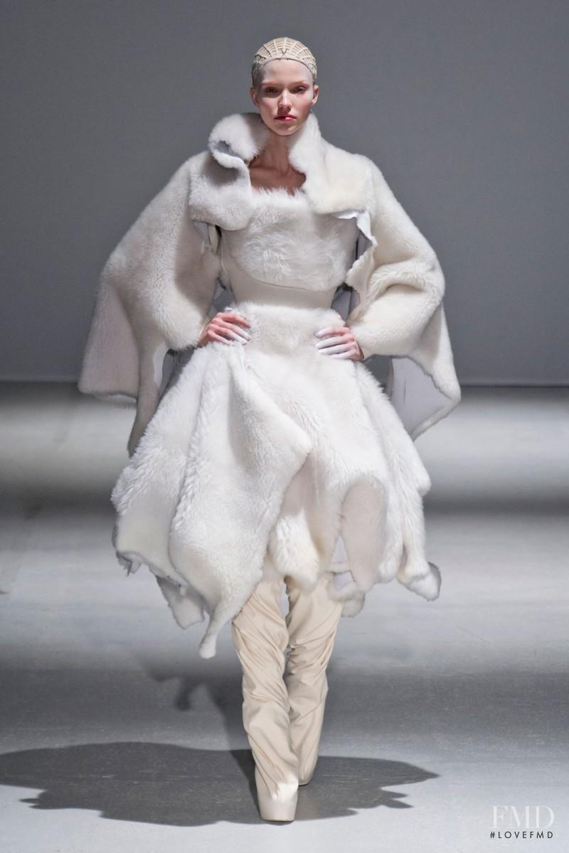 Sasha Luss featured in  the Gareth Pugh fashion show for Autumn/Winter 2014