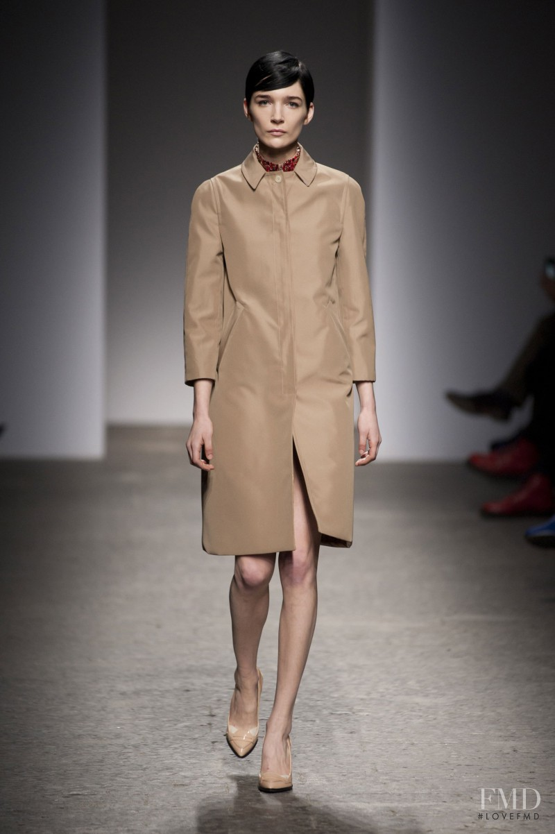 Janice Alida featured in  the N° 21 fashion show for Autumn/Winter 2013