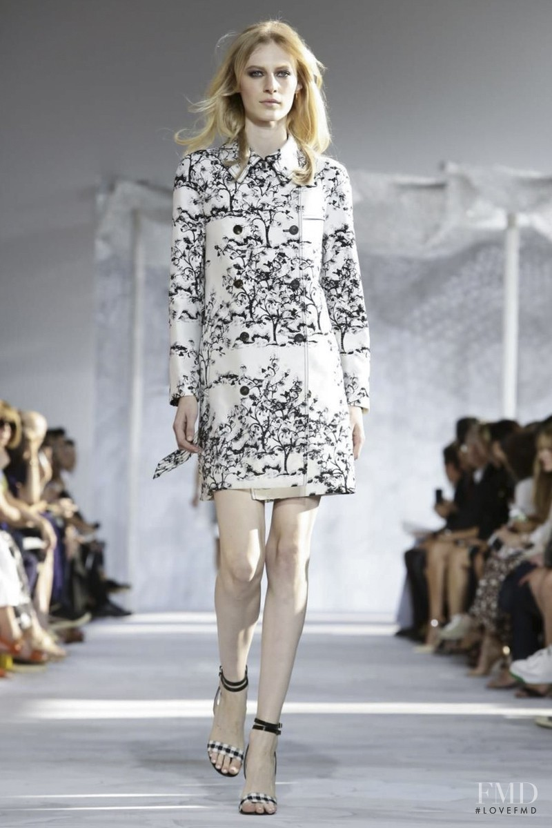 Julia Nobis featured in  the Diane Von F�rstenberg fashion show for Spring/Summer 2015