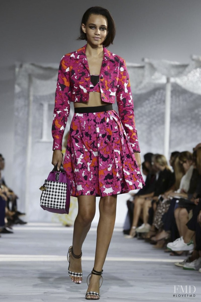Binx Walton featured in  the Diane Von F�rstenberg fashion show for Spring/Summer 2015