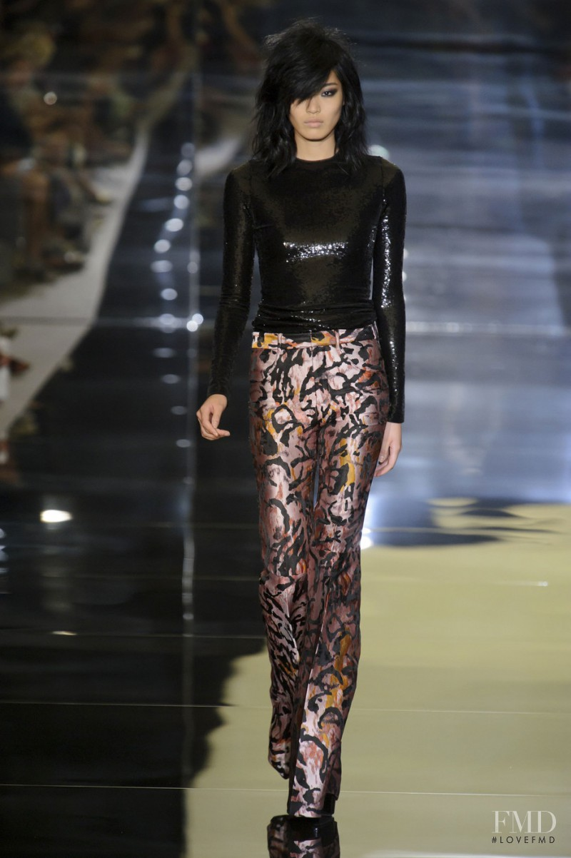 Chiharu Okunugi featured in  the Tom Ford fashion show for Spring/Summer 2015