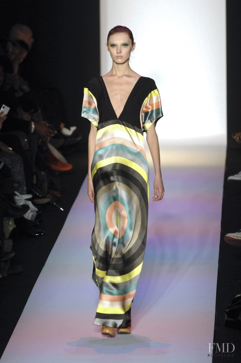 Olga Sherer featured in  the Alexandre Herchcovitch fashion show for Autumn/Winter 2008
